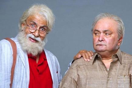 Big B et Rishi Kapoor sont père et fils dans cette comédie familiale.