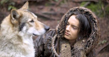 Allez, tous ensemble pour ce film animalier : aouuuuuuuu !
