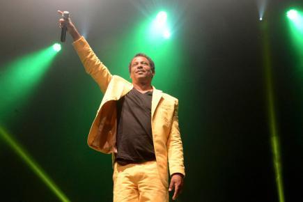 Le chanteur et sa bande annoncent un show rempli d'émotions.