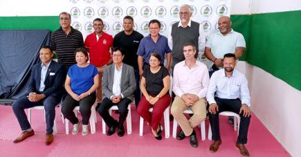 Le nouvel exécutif du Comité olympique mauricien.
