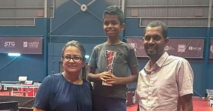 A 9 ans, Nikhil Desscann a déjà fait mieux que ses parents Arlti et Rajessen en remportant un titre de champion de Maurice chez les poussins.