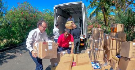 L'ONG Eco-Sud a reçu des dons du groupe TTC-CFAO pour la soutenir dans sa lutte contre la marée noire.