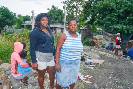 Pour Anaïs, Christiane, Marie-Claire et Aurélie, l'avenir s'annonce incertain et difficile.