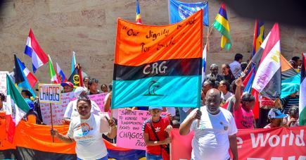 La communauté chagossienne s'est réunie devant le haut-commissariat britannique pour manifester.