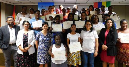 Ils sont une quinzaine à avoir reçu leur certificat après une semaine de formation.