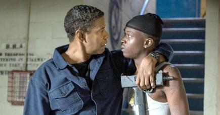 L'acteur retrouve sa casquette violente de 'Action Star'.