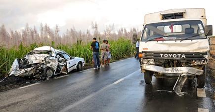 La voiture où se trouvaient les victimes avait été complètement écrabouillée.