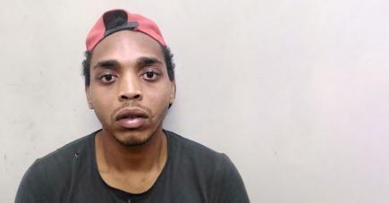Une accusation provisoire de tentative de meurtre a été logée contre Darren Gâteau.