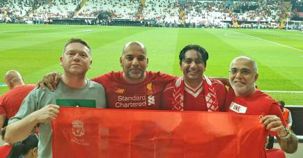 Shakeel Goburdhun  (deuxième à gauche) en compagnie de John Williams, Javin Roy et  Vishal Tulsidas lors de la finale de la Supercoupe d'Europe.