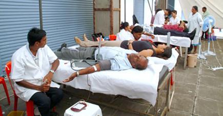 Plusieurs collectes de sang se poursuivent dans différents endroits du pays.
