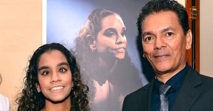 Tony Constance en compagnie de sa fille.