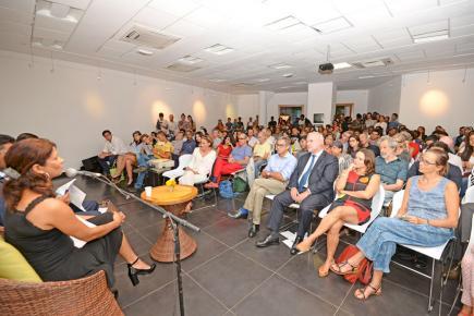 Le public a répondu présent lors de cette nuit d'échanges et de débats qui s'est tenue en trois parties.