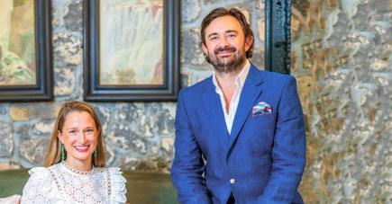 C'est au cœur du Creative Park de Beau-Plan que se trouve le Patrick Mavros Atelier où Forbes, fils de l'artisan joaillier Patrick Mavros, et sa femme Kate s'inspirent de notre île pour réaliser des bijoux uniques.
