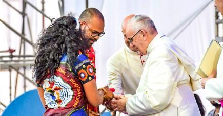 Le jeune Mauricien  a été choisi pour accueillir le pape, lors des JMJ.