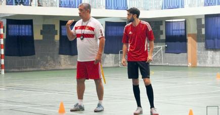 Le Brésilien dirigeant une séance d'entraînement.