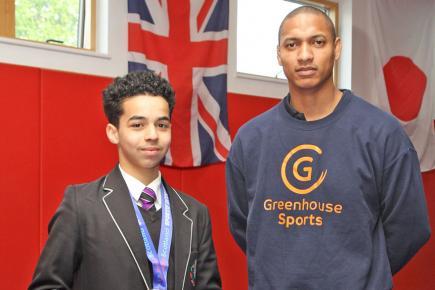Mike Mounawah aux côtés d'Ayoub Dafallah qui est parvenu à briller à divers concours.