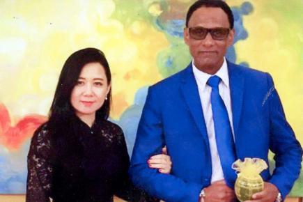 L'ambassadeur de Maurice en Malaisie a épousé la cousine du roi.