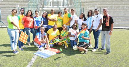 L'équipe de 5-Plus dimanche tient à remercier le Mauritius Sports Council ainsi que les préposés du stade St François Xavier pour leur collaboration lors de la réalisation de cette photo.