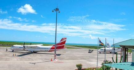 Jean Pascal, Marietta et Jocelyne se disent outrés par la décision d'Air Mauritius.