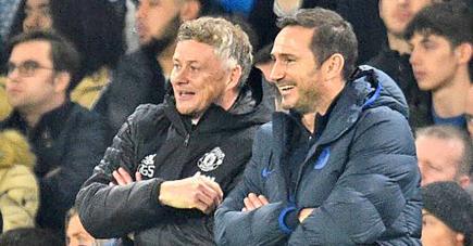 Lampard (à dr.) a une revanche à prendre sur l'équipe de Solskjaer demain soir après la large défaite de ses Blues face à Manchester United en début de saison.