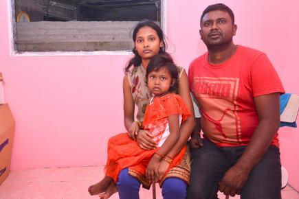 La famille Bundhooa fait appel au soutien pour offrir à la petite un endroit sain.