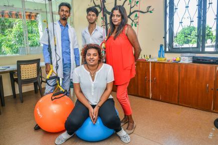 Uma Sooben est soutenue, dans son projet, par une équipe de thérapeutes jeunes et dynamiques.