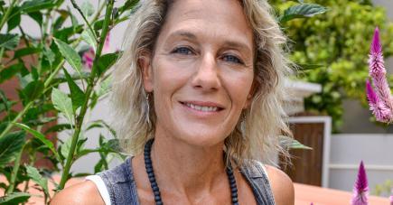 Toute l'équipe s'affaire à Rivière-Noire depuis plusieurs semaines pour le disque mauricien de la chanteuse.