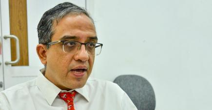 Le Dr Atul Seth rassure : tous les cas de strabisme ne nécessitent pas une chirurgie.