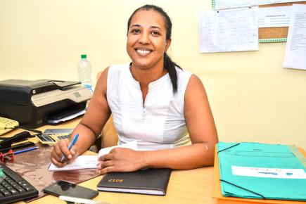 Sarah-Jane Bousoula a donné une nouvelle dimension à sa carrière en rejoignant l'équipe d'APEBS.