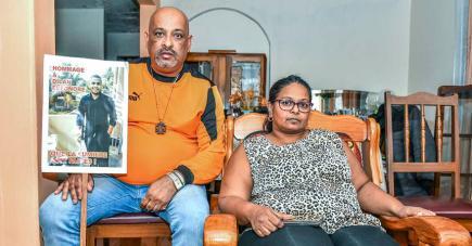 Elvis Eléonore et son épouse Priscilla veulent connaître la vérité sur la mort de leur fils Dilan à Madagascar.