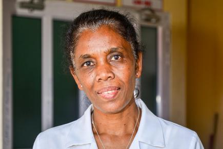 Marie-Ange Gungurum, est heureuse de se mettre au service des patients.