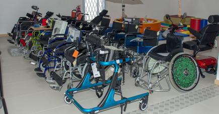 Distripharm propose un large choix d'accessoires  pour tous.