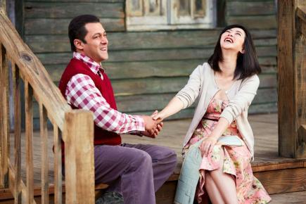 Salman Khan, en compagnie de son frère Sohail et de l'actrice chinoise Zhu Zhu, renoue avec un film sentimental, après Bajrangi Bhaijaan