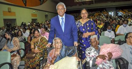 Le Premier ministre Pravind Jugnauth et la ministre Fazila Jeewa-Daureeawoo étaient présents à cette occasion.