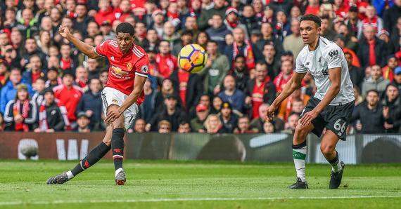 Le «môme» Marcus Rashford, auteur des deux buts mancuniens face aux Reds.