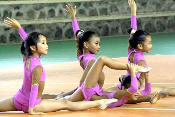 Gymnastique rythmique   Pour la beauté… du sport  dfc39231969