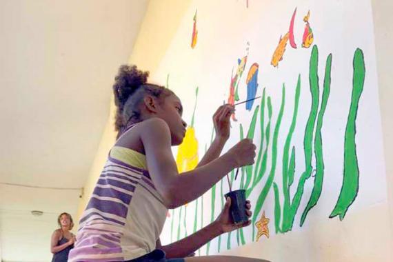 Les enfants et les encadrants ont eux-mêmes réalisé la fresque.