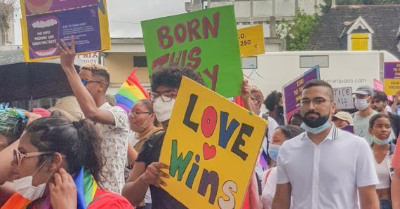 Quelques instantanés d'une marche qui a réuni tous ceux qui veulent faire avancer la cause homosexuelle.