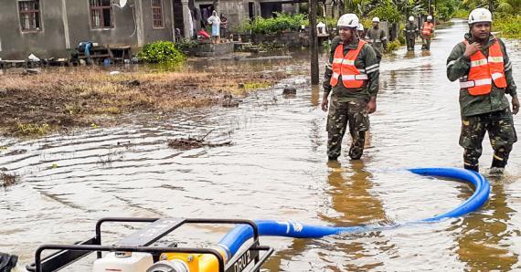 Les pompiers et la SMF  étaient  à pied d'œuvre dans les régions touchées.