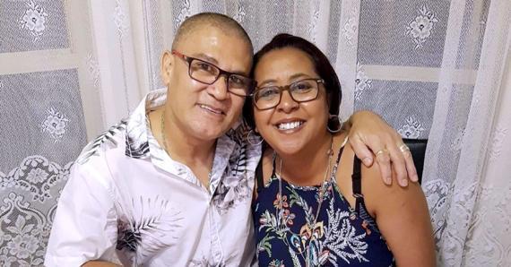 «Nu manz ar li...», disent Angélique Vencatachellum Yan Chun Wing et son époux Laval, installés en Australie, en parlant du fait qu'ils ont vécu six confinements au fil des mois écoulés.