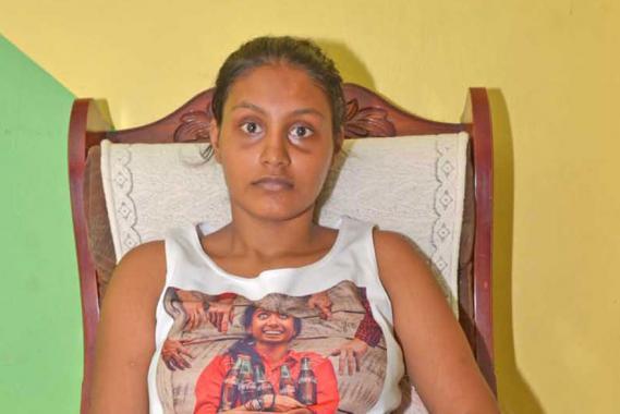 La jeune femme craint de subir de nouveau les coups de son époux.