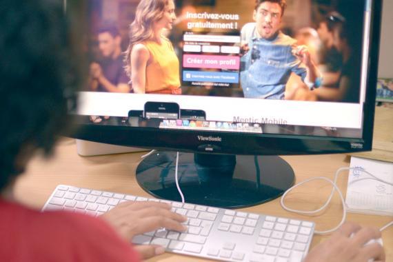 Célibataire cherche le grand amour… en ligne. Les internautes sont de plus  en plus nombreux à se lancer à la recherche de l dae11f2e33b0