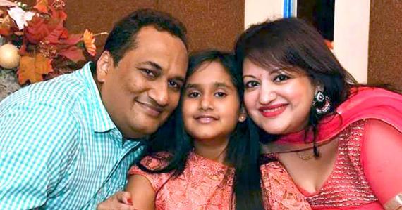 Les Sawmy sont fiers de leur petite Dharini.