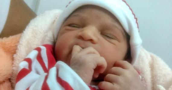 L'enfant est décédé un jour seulement après sa naissance.