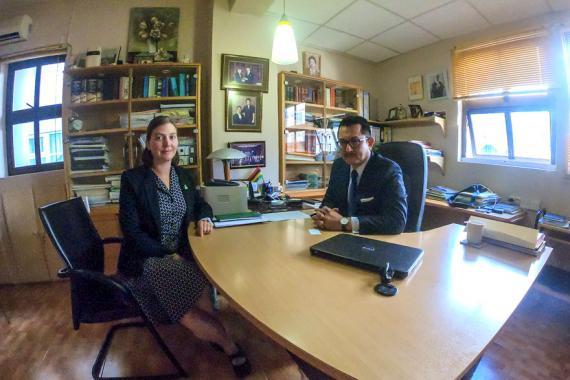 Paula Molloy, Deputy Head of Mission de l'ambassade d'Irlande à Pretoria, a eu une séance de travail avec Me Dick Ng Sui Wa, avocat des familles Harte et McAreavey.