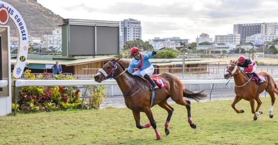 Après Ehsaan la semaine dernière, Table Bay offre à l'écurie Gujadhur une nouvelle victoire dans une épreuve principale.