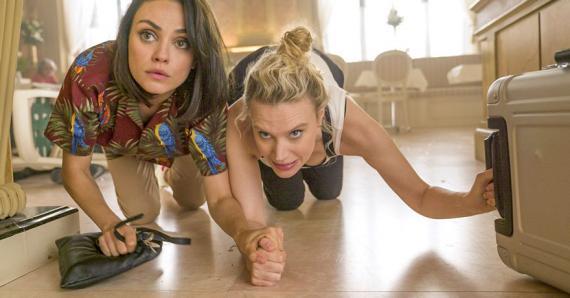 Un duo de jeunes femmes qui vont se mettre malgré elles dans la peau d'espionnes…