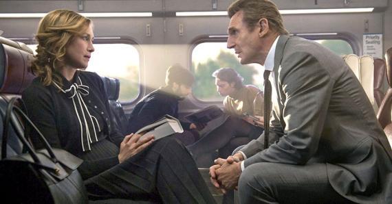 L'acteur fait encore sa star de film d'action dans un moyen de transport en commun.