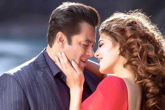 Salman Khan, Anil Kapoor, Bobby Deol et Jacqueline Fernandez sont au générique de ce thriller  d'action tant attendu.