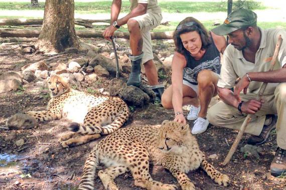 Elle n'a pas manqué de visiter les animaux  du Casela, dans l'ouest de l'île.